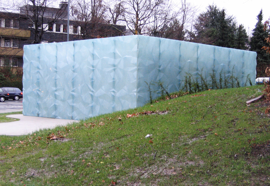 Eiswürfel Hausverkleidung aus GFK. Bochum. ArchiFactory.de